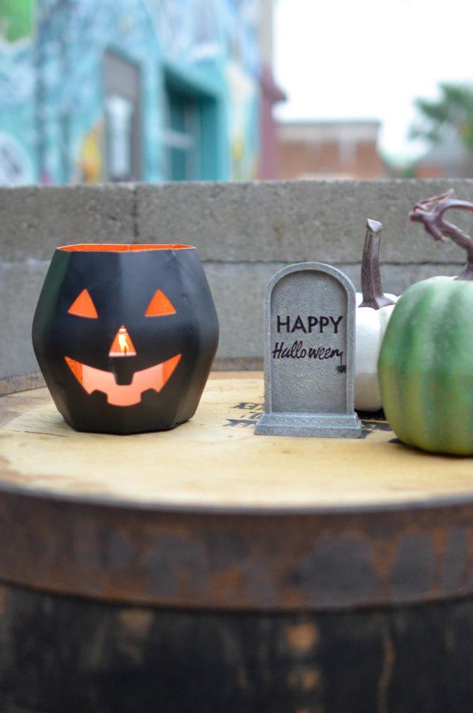 Top Table Halloween Decoration